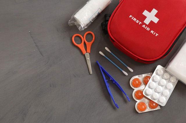 Erste-Hilfe-Set wandern
